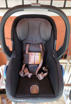Uppababy car seat for Sale in Miami, FL