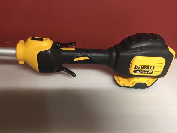 Dewalt 20v max/xr weed eater tool only, no battery