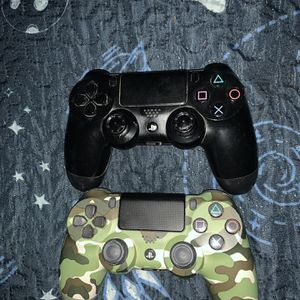 PS4 With Controllers for Sale in Fort Lauderdale, FL