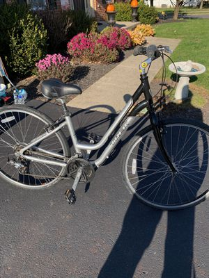 Brand new Trek 7000 series women's bike for Sale in Collegeville, PA