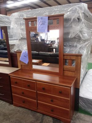 Orchard Park Dresser with Mirror for Sale in Greensboro, NC