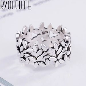 925 Sterling Silver leaf ring adjustable size for Sale in Libertyville, IL
