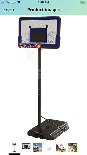 Outdoor Basketball 🏀 Hoop!! Great condition and assembled! for Sale in Seattle, WA