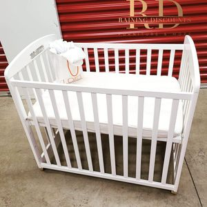 Alpha Mini Crib for Sale in Hyattsville, MD