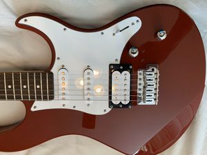 Yamaha PAC112V Pacifica Electric Guitar Red Raspberry. for Sale in Tucson, AZ