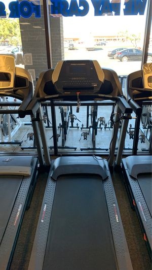 Proform 525 CST Treadmill! for Sale in Glendale, AZ