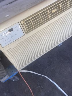 window AC unit good condition $180 for Sale in Dallas,  TX