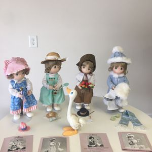 Ashton Drake Set Of Collectible Precious Moments Dolls for Sale in Mount Ulla, NC