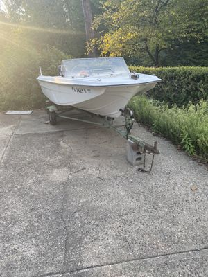 Project boat for Sale in McKees Rocks, PA