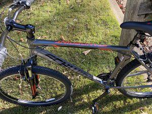 Schwinn men mountain bike for Sale in Lake Shore, MD