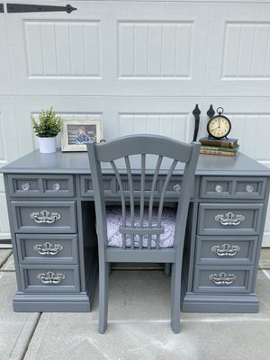 Solid wood gray desk and chair for Sale in Fuquay-Varina, NC