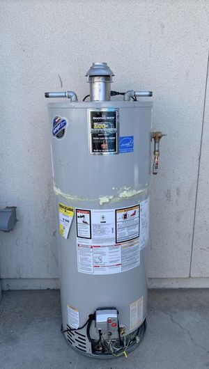 Gas water heater for Sale in Fresno, CA