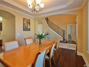 Dining table with 6 chairs for Sale in Tacoma, WA