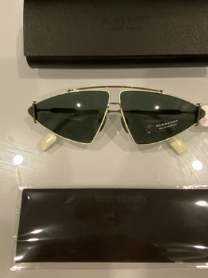 Burberry Sunglasses- Brand New- Authentic for Sale in Anaheim, CA