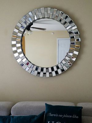 Wall accent mirror for Sale in Charlotte, NC