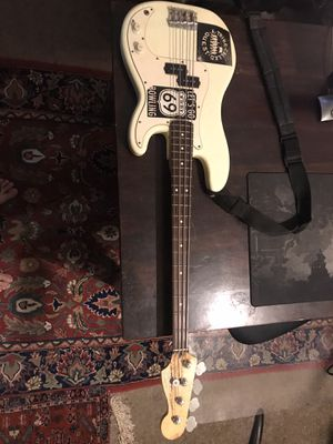 1989 Fender Rock Electric Bass for Sale in Glenview, IL