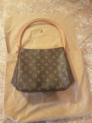 Louis Vuitton purse size M Authentic with vantage dust bag for Sale in Los Angeles, CA