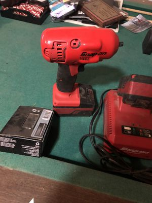 Snap on 18v 3/8's impact for Sale in Clovis, CA