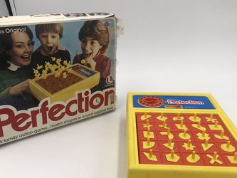 Perfection 1980 Board Game for Sale in Tenafly,  NJ