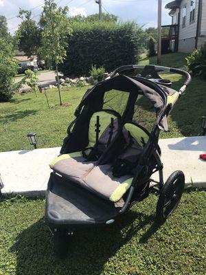 Double Jogging Stroller w/speakers & reclining seats! for Sale in Hendersonville, TN