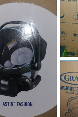 Graco Infant Carseat , Brand New for Sale in Lowell,  MA