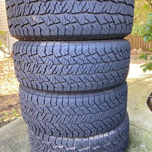 275 55R 20 Hankook DynaPro AT2 for Sale in Raleigh, NC