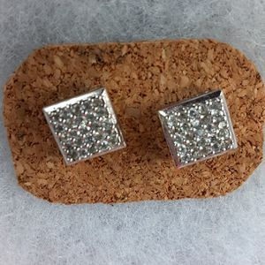 precious silver earrings for Sale in Hayward, CA