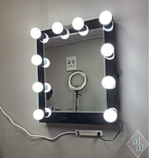 Hollywood Makeup vanity Mirror Dimmable Power Outlet for Sale in San Diego, CA