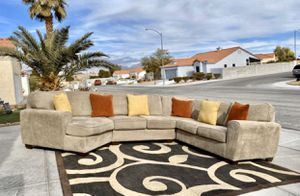 Ashley Patola Park Patina Left Arm Facing Cuddler, Armless Loveseat, Wedge & Right Arm Facing Loveseat ( FREE DELIVERY 🚚) GREAT CONDITIONS SUPER CLEAN for Sale in North Las Vegas, NV
