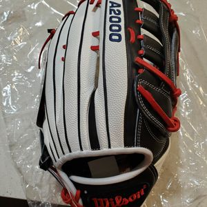"Wilson A2000 SuperSkin 13.5"" Slowpitch Softball Glove For Sale Or Trade for Sale in Orange, CA"