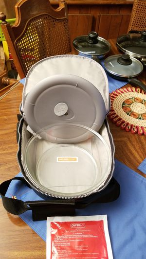 Pyrex 3 Quart Portable. for Sale in Vancouver, WA