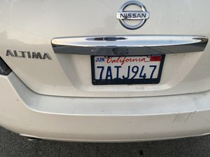 Trade for a infinity 2010 Nissan Altima Salvage title for Sale in Berkeley, CA