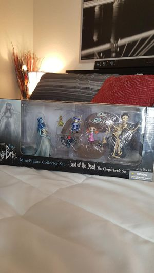 Corpse bride set for Sale in Perris, CA