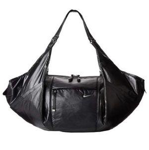 New Nike Victory Gym Club Duffle Bag 100% Nylon Pink/Black/Metallic for Sale in Tempe, AZ