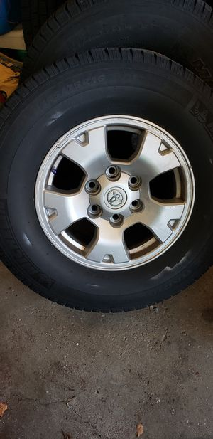 245/75/16 tacoma rims and tires for Sale in Providence, RI