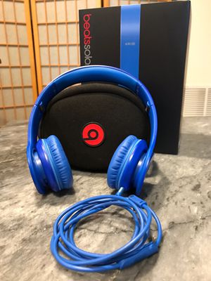 Beats Solo HD- Wired (Blue) for Sale in Silver Spring, MD