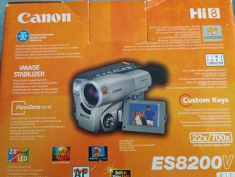 Canon ES8200V Hi8 Camcorder for Sale in Meriden,  CT