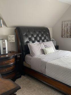 Complete Bedroom Set for Sale in Detroit,  MI