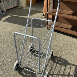 Folding Grocery Cart - Delivery Available for Sale in Tacoma,  WA