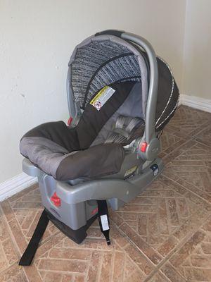 Graco Snugride Infant Car Seat for Sale in Pooler, GA