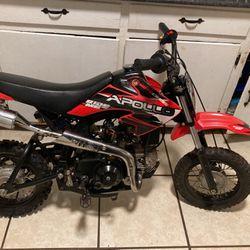 Apollo Dirt Bike for Sale in Spartanburg,  SC
