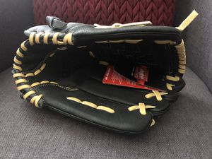"""Rawlings RSB 13"""" softball glove for Sale in Annandale, VA"""