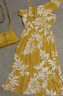 Old Navy Dress w/ Anne Klein Purse for Sale in Marbury,  AL