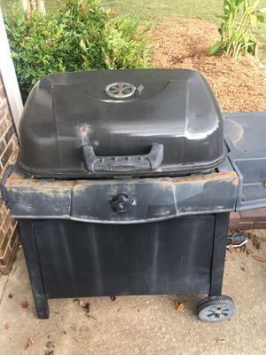 Grill, charcoal for Sale in Winchester, TN