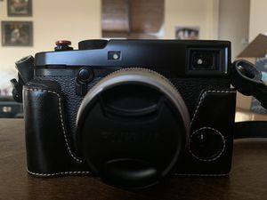 Fujifilm xpro2 with Fujifilm 23mm f/2 lens for Sale in Bakersfield, CA