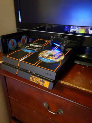 PS4 1TB BLACK OPS 3 LIMITED Edition 3 Games for Sale in The Bronx, NY
