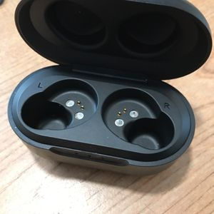 JLAB Earbud Charging Case (ear bud) for Sale in Raleigh, NC