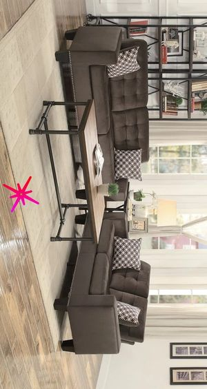 Tineo 🍬 Chocolate Living Room Set | 9957 sofa and Loveseat for Sale in Alexandria, LA