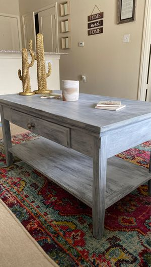 Chalk painted coffee table w/ matching bar stools and end table for Sale in Austin, TX