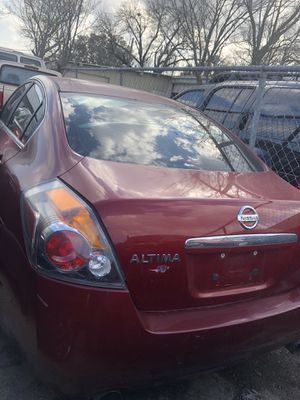 2008 Nissan altima for Sale in Houston, TX